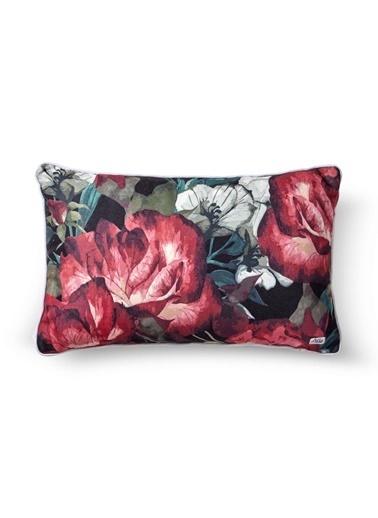 The Mia Floral Yastık C - Kırmızı Beyaz Çiçekli 50 x 30cm Kırmızı